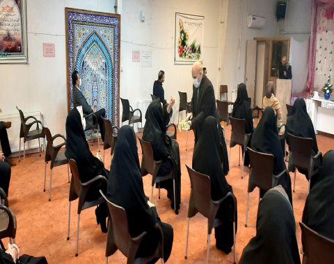 برگزاری جلسه ارتباط اولیا با معلمین محترم پایه ششم